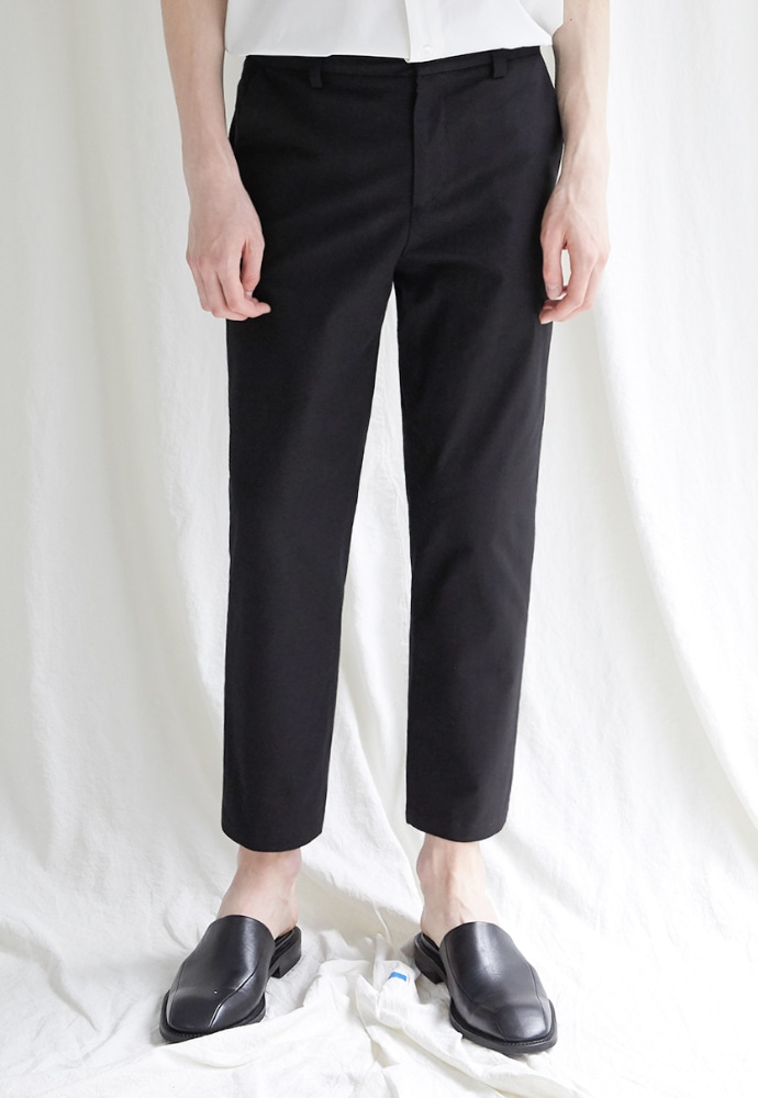 Garment lable가먼트레이블 Hidden Banding Linen Tapered Slacks-Black
