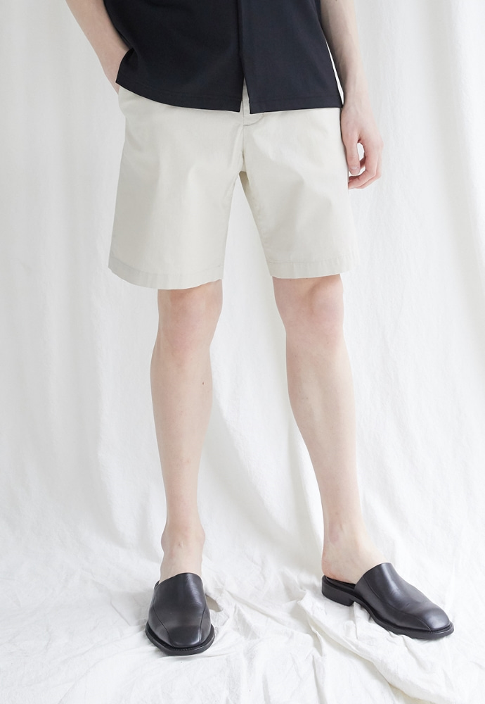 Garment lable가먼트레이블 Hidden Banding Linen Shorts - Light Beige